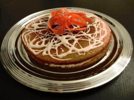 Möhren-Orangen-Kuchen